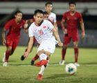 Đỗ Hùng Dũng tiếc nuối vì sút hỏng quả penalty ở trận Indonesia