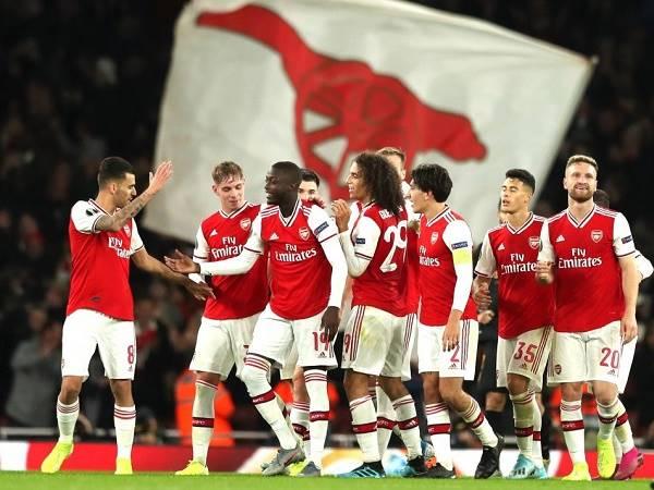 Tin bóng đá sáng 17/4: Arsenal nhận viện trợ khủng để chống trọi với Covid-19