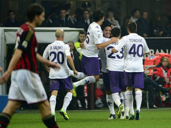 Nhận định tỷ lệ Fiorentina vs AC Milan (00h00 ngày 22/3)