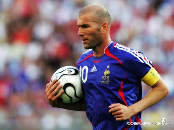 Cầu thủ Zidane - Tiểu sử và danh hiệu của Zinedine Zidane
