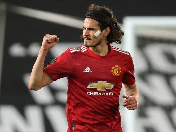 Tin thể thao 4/5: Keane khuyên MU không nên gia hạn với Cavani