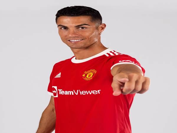 Tin thể thao 1/9: Ronaldo xuất hiện trong màu áo đấu của Man United