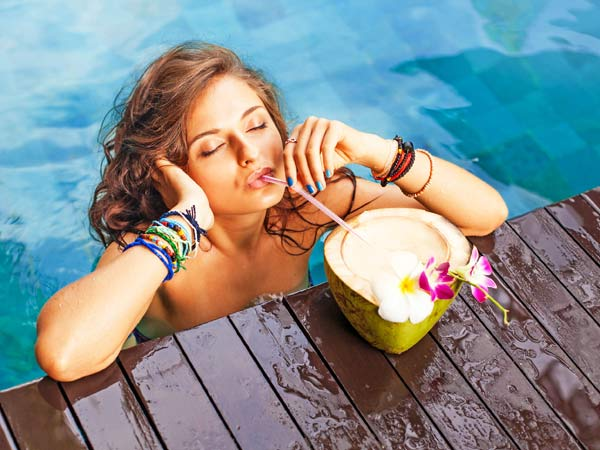 Nằm mơ thấy uống nước dừa đánh xổ số con gì dễ trúng